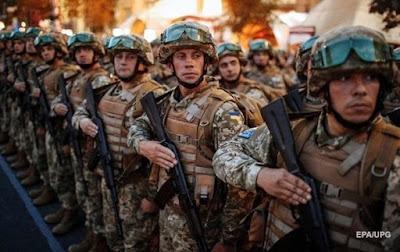 Полторак планує скерувати на Закарпаття військових