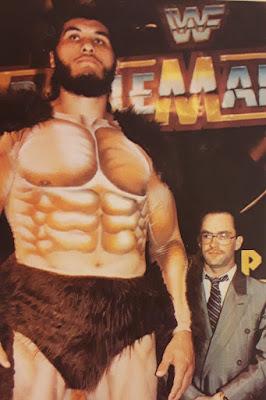 El Gigante González en Wrestlemania