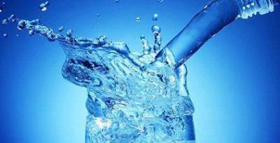 5 اسباب ستقنعك من تكتر من شرب الماء