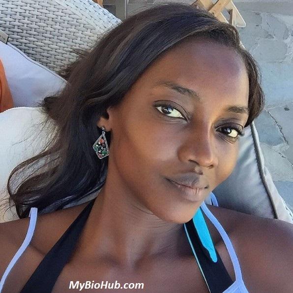 Oluchi Onweagba Nude Photos 7