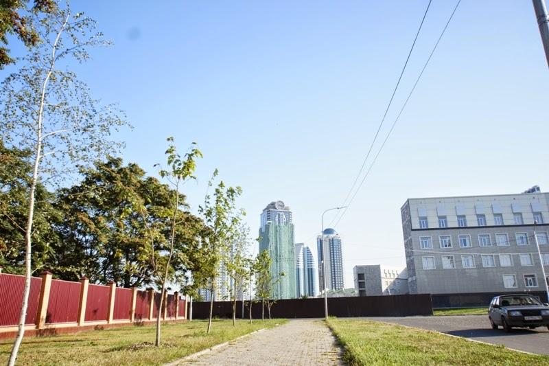 Stolica Czeczenii - Grozny i widok na apartament Gerarda Depardieu.