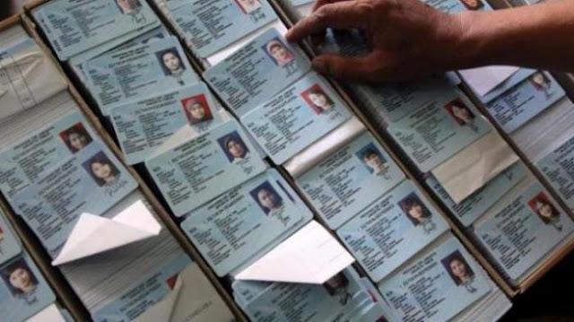 KIP Aceh Singkil Terima Berkas Dukungan dari Dua Calon Gubernur