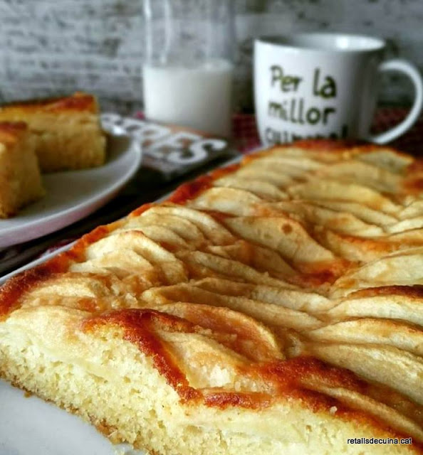 Bescuit de poma, mel i llimona o el pastís de poma de la concòrdia