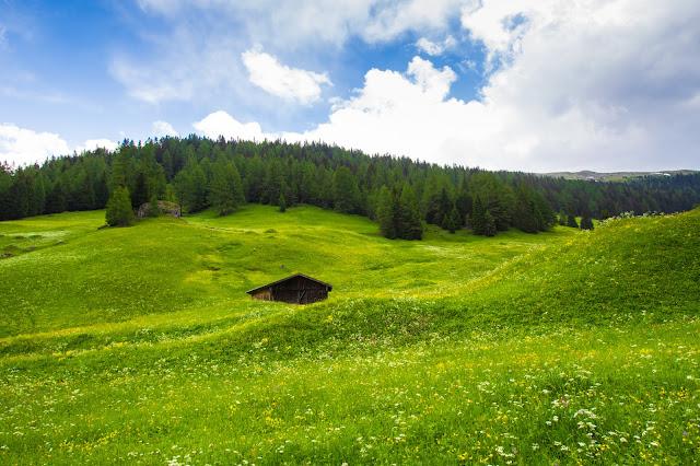 Strada verso l'Obernberger see-Tirolo
