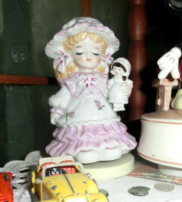 オルゴール人形