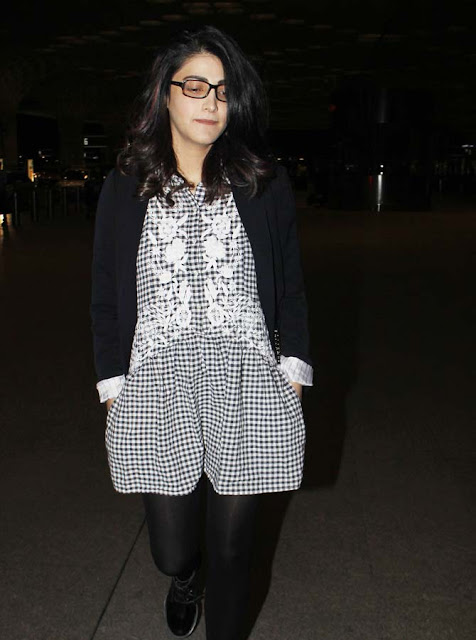 shruthi hassan cool uber look photo-pic-in-hd