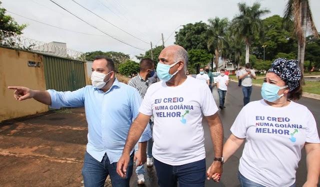Goiânia: Prefeito Rogério Cruz visita bairro da região norte da capital