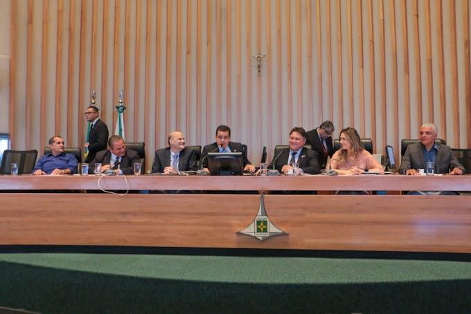 Feirantes são homenageados em sessão solene na Câmara Legislativa do DF