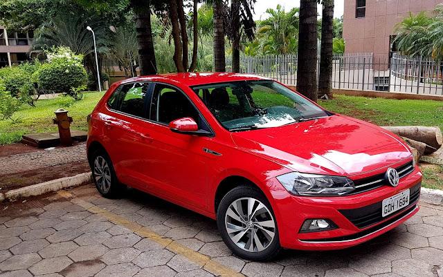 VW Polo 2018 Automático - vermelho