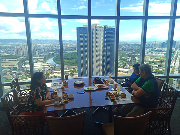 33rd floor dining