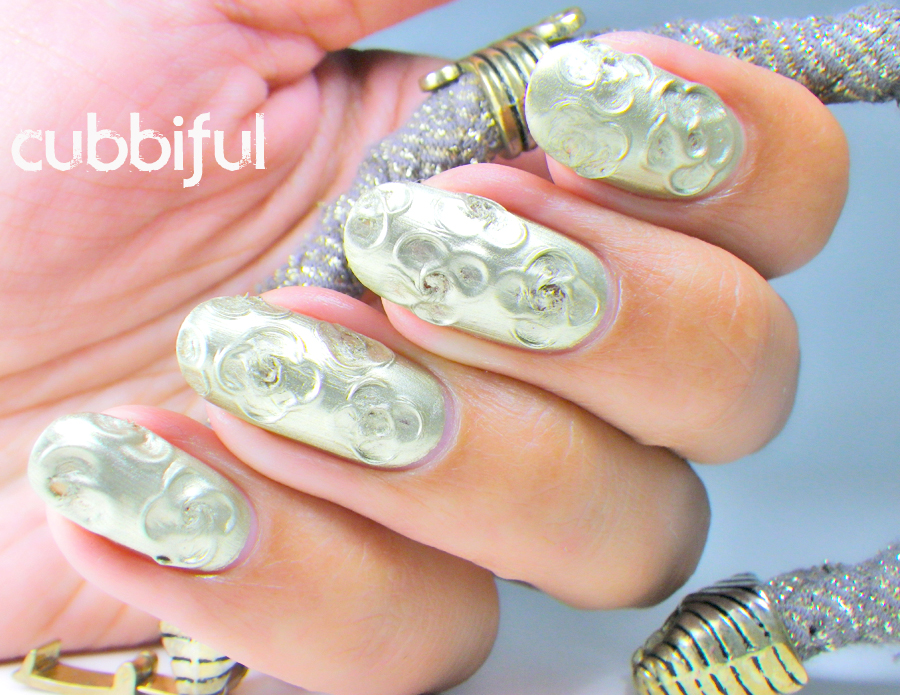 Modern Abstract Textured Floral nails