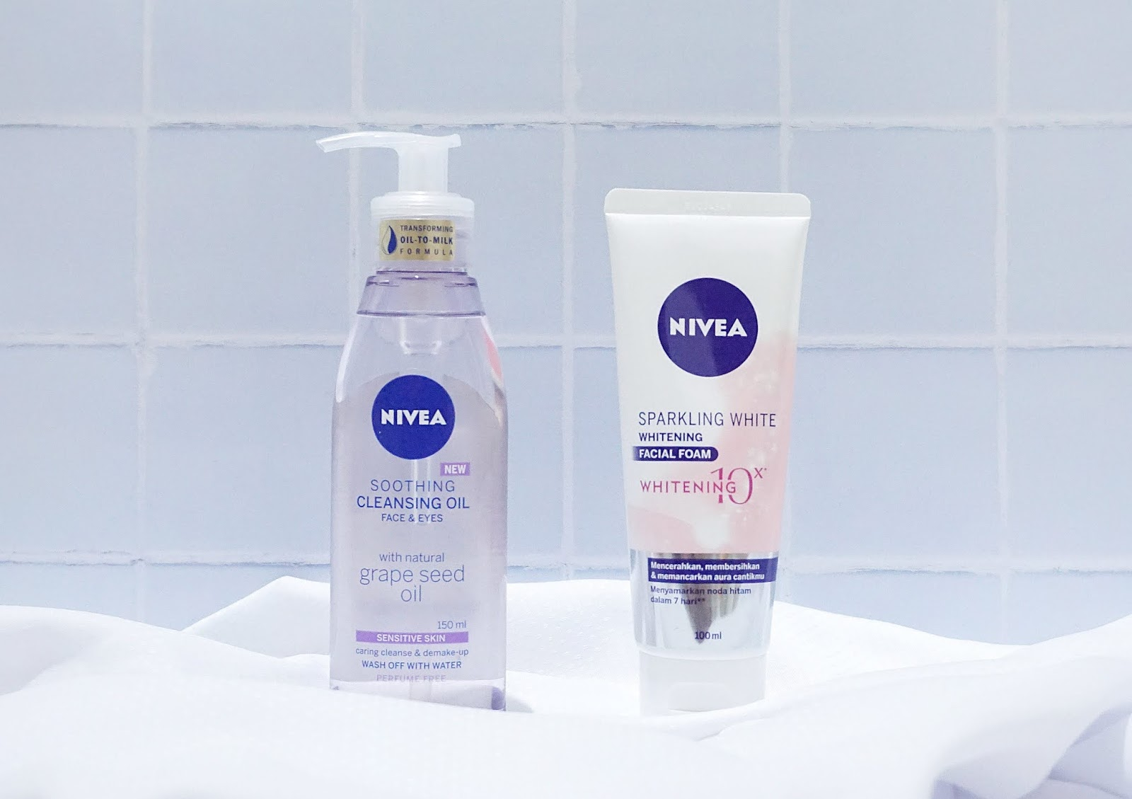 tips double cleansing yang benar nivea cleansing oil facial foam
