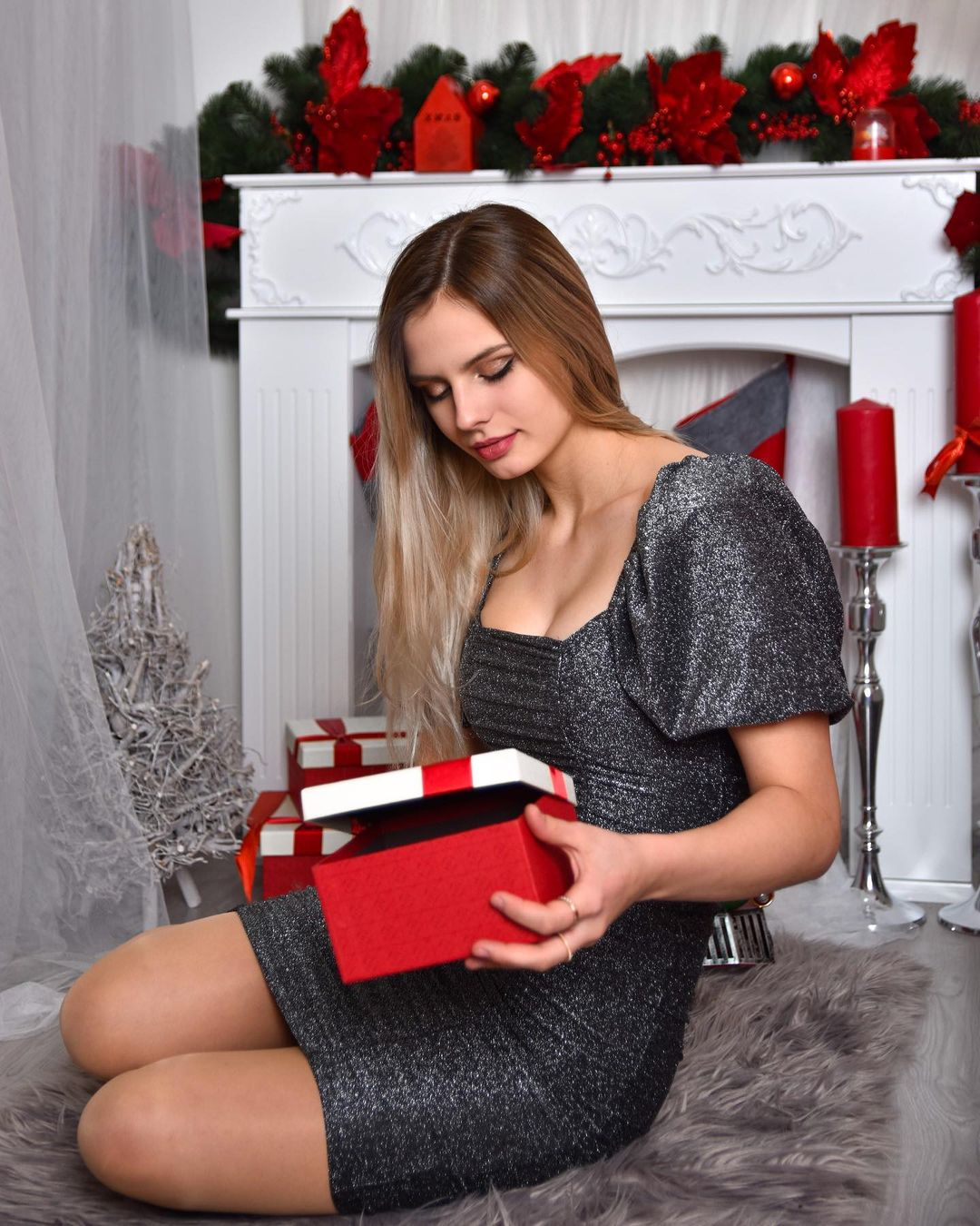 Christmas Girl DP