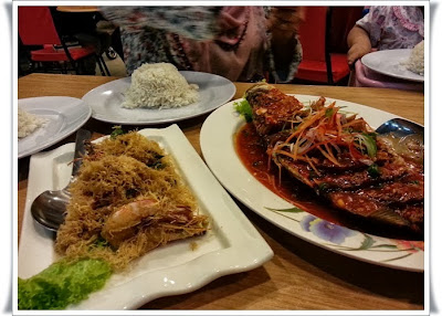 http://www.khairunnisahamdan.com/2013/10/tempat-makan-best-restoran-adam-lai.html