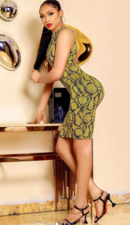 Crossdresser Jay Boogie shows off his Curves in New Photos (Photos)
