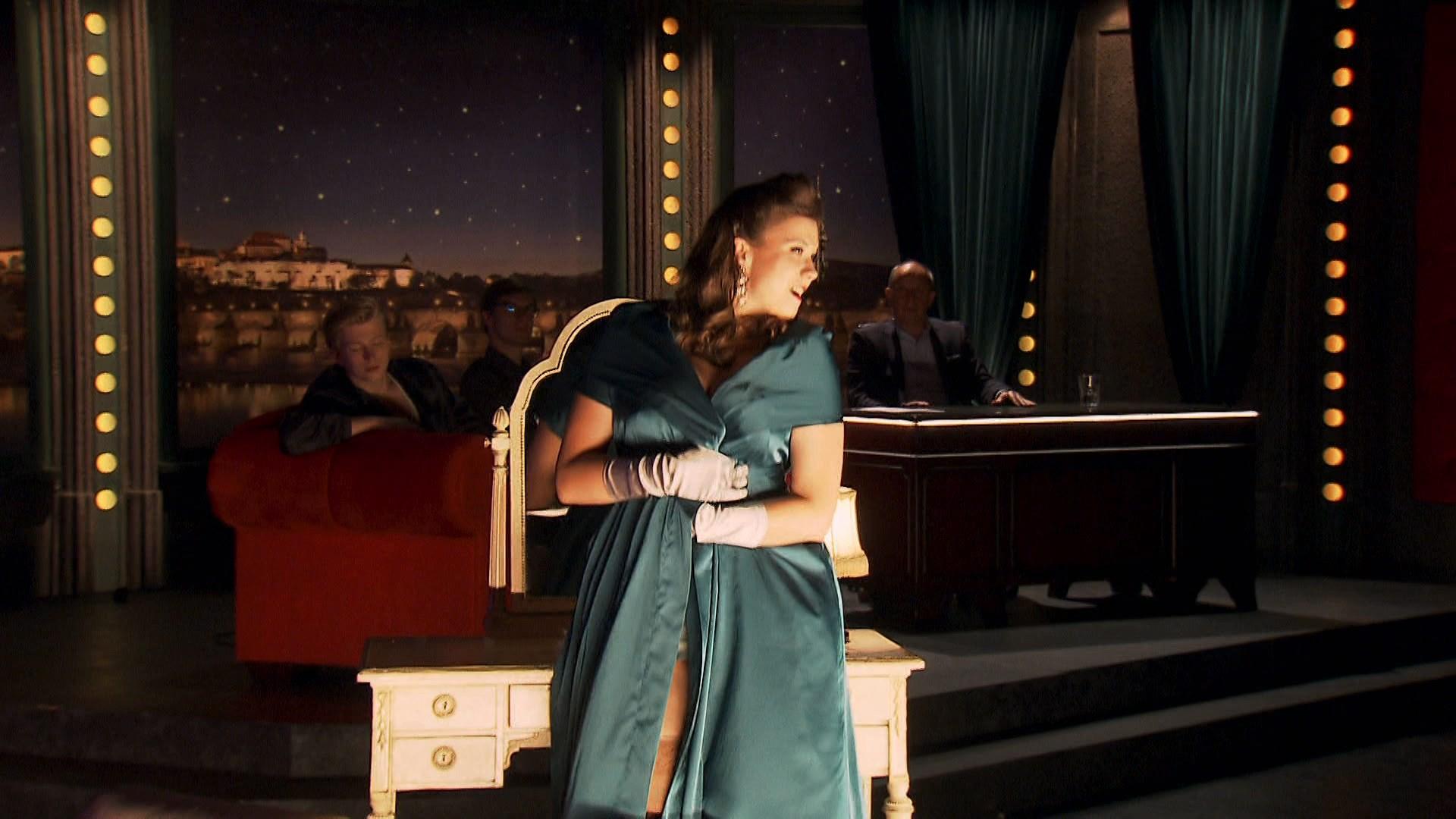 Burlesque (2019) 1080p WEB-DL AMZN Latino