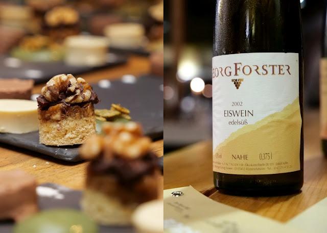 Nußtaler mit schwarzer Nuss und Eiswein vom Weingut Forster.