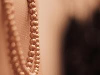 Tips Cegah Perhiasan Mutira Jadi Kusam