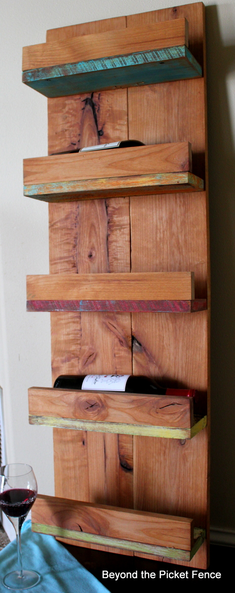 reclaimed wood http://bec4-beyondthepicketfence.blogspot.com/2013/12/these-are-few-of-my-favorite-things-2013_27.html