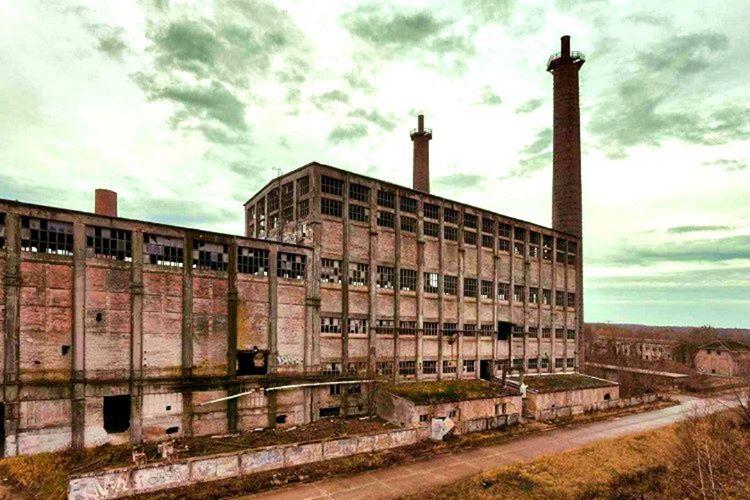 Glenwood elektrik santrali 1963 yılında kapatıldığından beri terk edilmiş vaziyettedir.