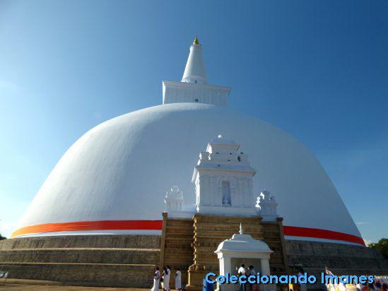 Ruwanwelisya, Anuradhapura, Sri Lanka