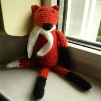 http://translate.google.com/translate?depth=1&hl=es&rurl=translate.google.es&sl=en&tl=es&u=http://timicshome.blogspot.ro/2013/09/amigurumi-fox.html