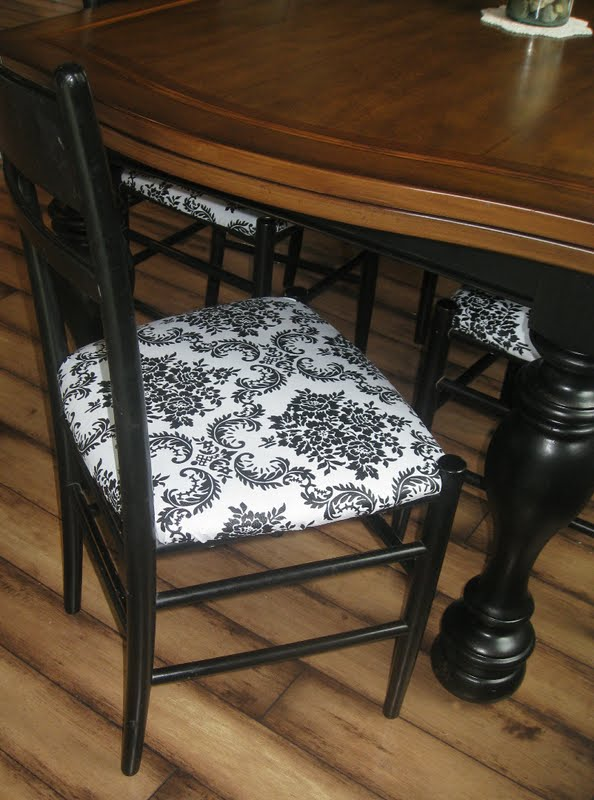 Kammy S Korner Goodwill Kitchen Chairs Get Cute And Kid