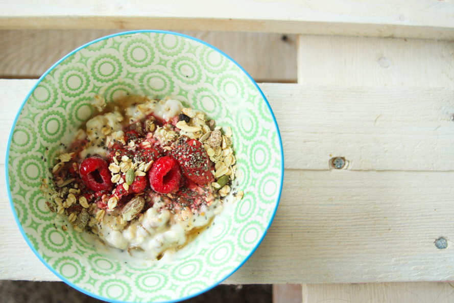 organic vegan superfood breakfast bowl sunnydei
