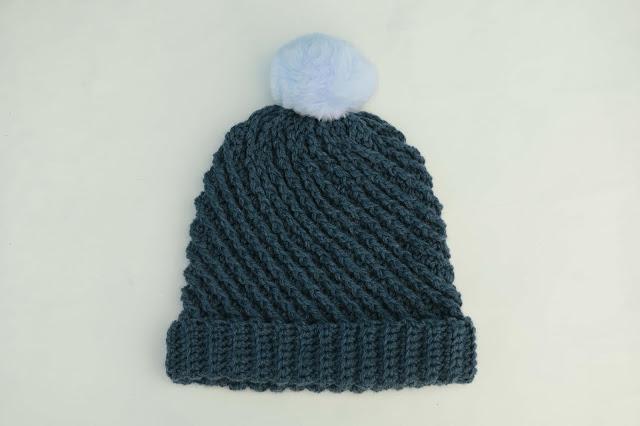 4-Crochet Imagenes Gorro con puntada en relieve a crochet y ganchillo por Majovel Crochet