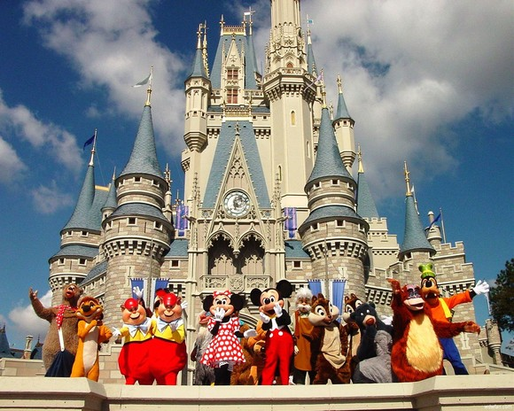 World Visits: Trip to Disneyland Paris Holidays