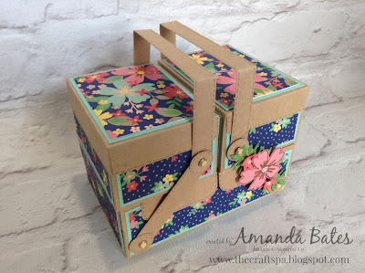 HANDLED CANTILEVER BOX BY AMANDA BATES AT THE CRAFT SPA