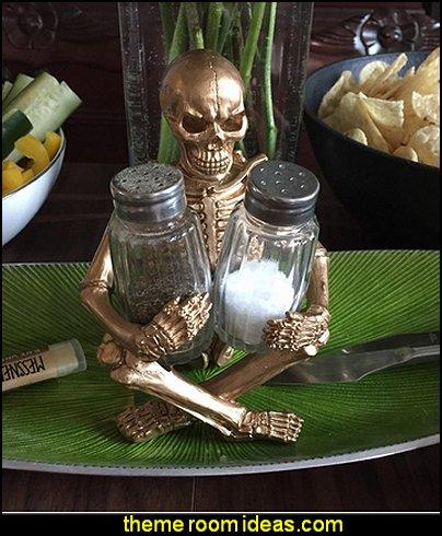 Scary Skeleton Glass Salt and Pepper Shaker Set  Gothic kitchen decor - gothic kitchenware - gothic dinnerware - skulls kitchen decorations - bat kitchen decor  dracula  vampires - Halloween kitchen decorating - skeletons kitchen decor -  zombie kitchen stuff
