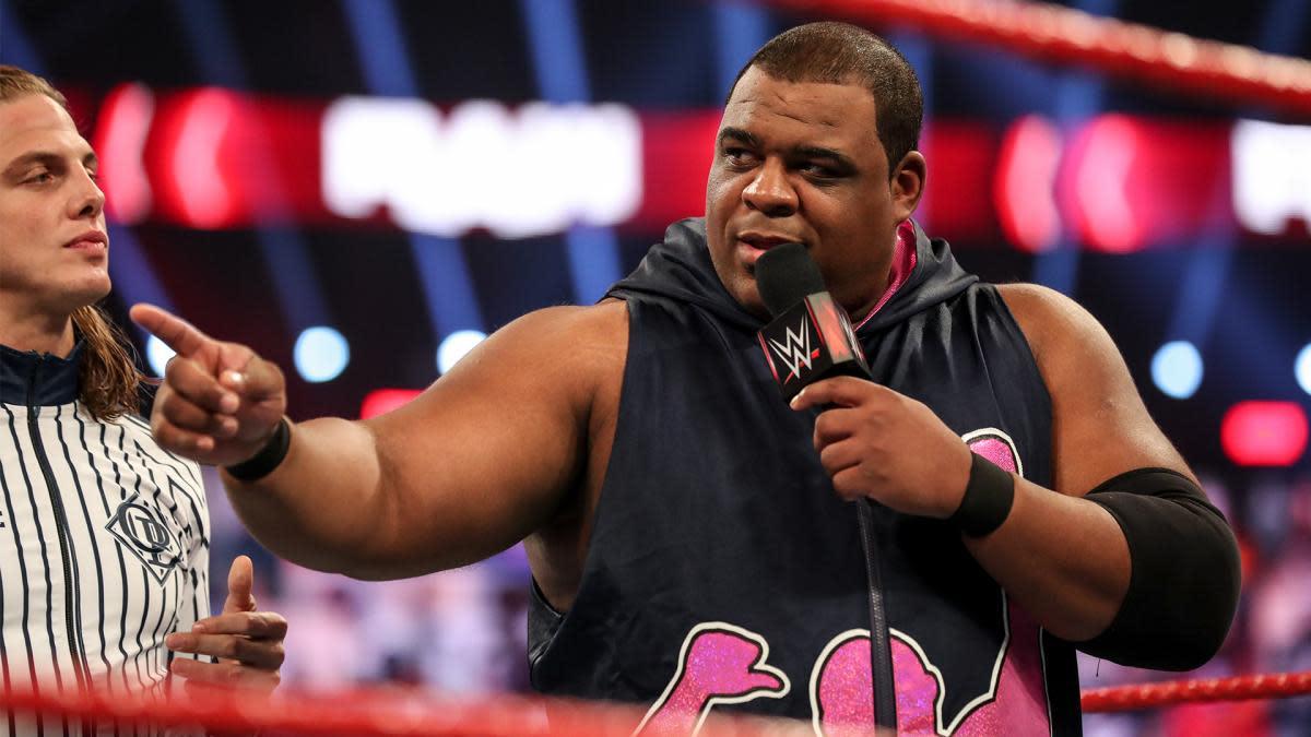 Keith Lee retorna durante o WWE RAW
