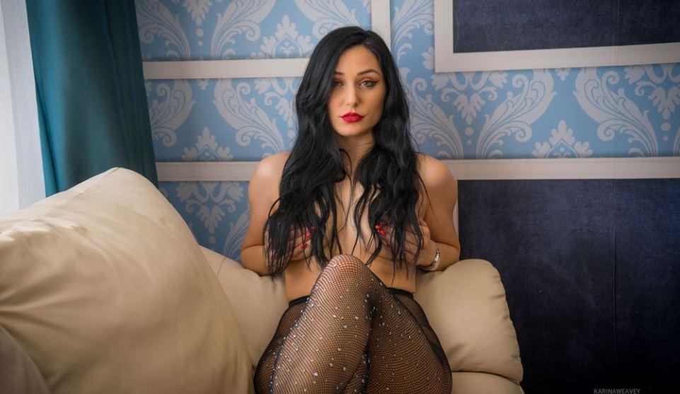 https://www.glamourcams.live/chat/KarinaWeavey