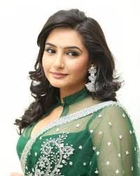 Kannada model Actress Ragini Dwivedi Upcoming Movies List 2018, 2019 Mt Wiki, song, wikipedia, koimoi, imdb, facebook, twitter news, photos, poster, She was runner up in Femina Miss India 2008
