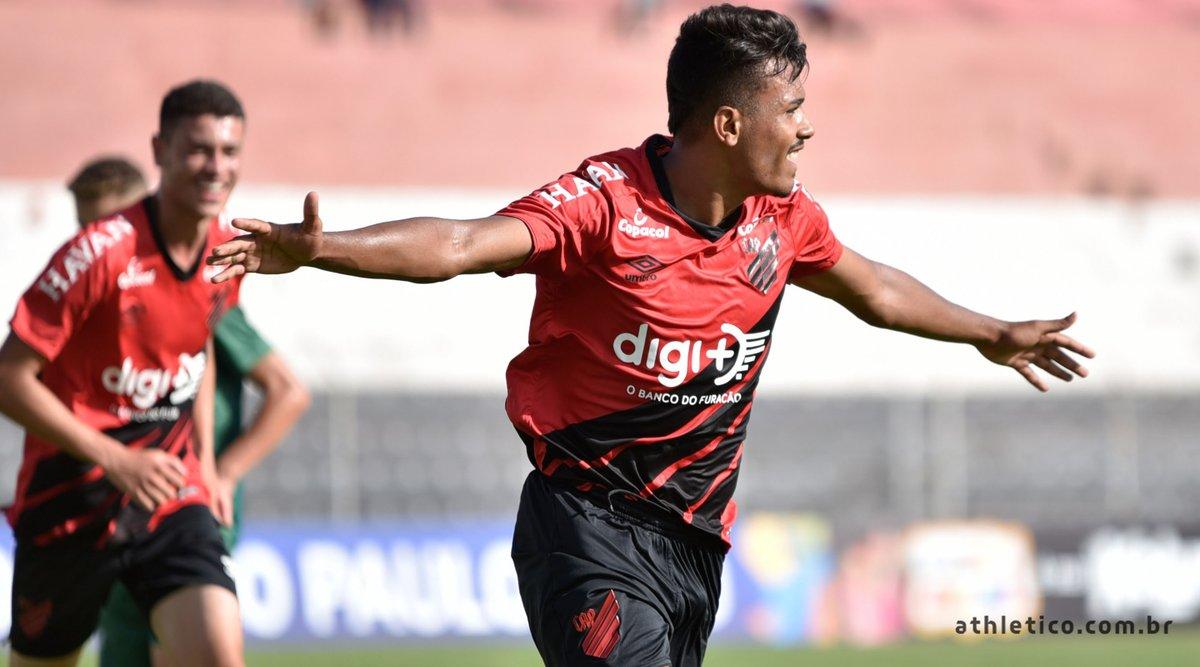 Vinicius Mingotti ótima opção para ganhar cartoletas na segunda rodada do Cartola FC 2020