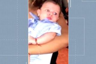 Bebê morre e tia tem 25% do corpo queimado após homem jogar gasolina e atear fogo