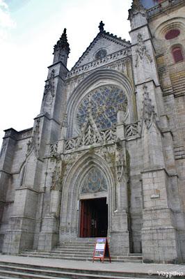 Facciata dell'Eglise di Saint Leonard