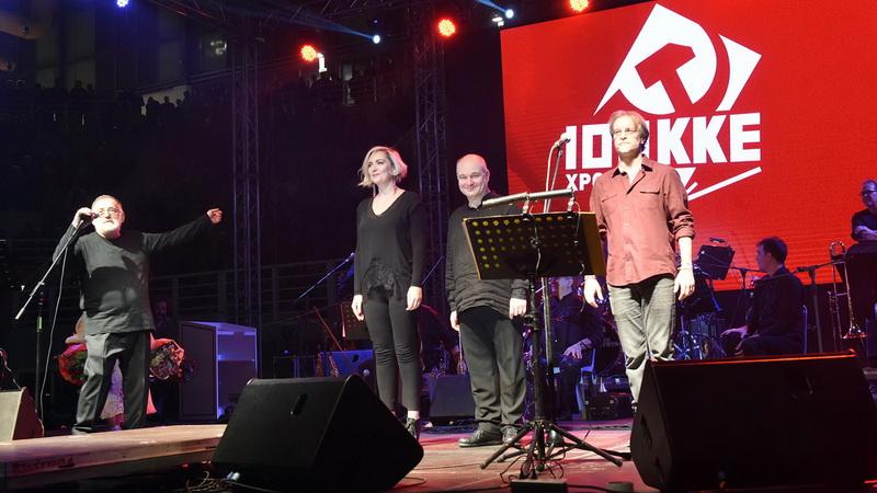 Μεγάλη συναυλία του Θάνου Μικρούτσικου στη Θεσσαλονίκη για τα 100 χρόνια του ΚΚΕ