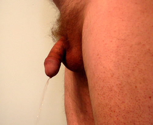 Pissing small dick