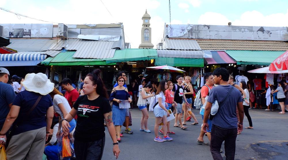 Squishy Di Bangkok : tesyasblog : 2 Hari 1 Malam Di Bangkok : Our Tesyasblog s Mommies Day Out Trip + Vlog