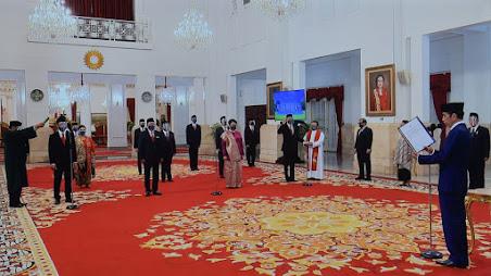 Presiden Jokowi Lantik 12 Dubes RI Untuk Negara Sahabat