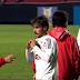 """Jogador do São Paulo """"perde"""" a camisa no vestiário"""