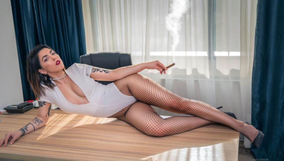 HallieBear Model GlamourCams