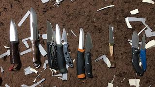 切れ味順に並べたナイフ