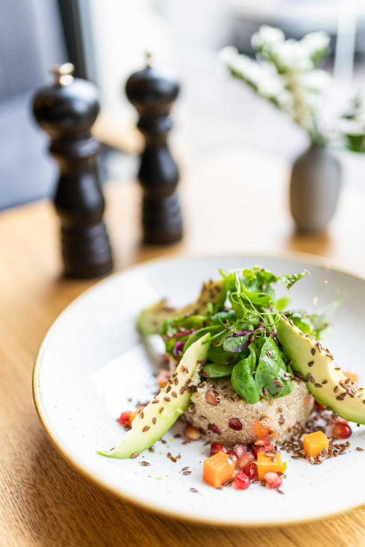 salatka z komosy