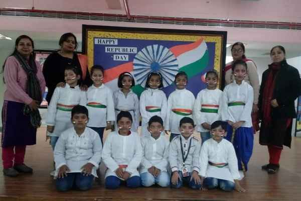 republic-day-celebration-in-dav-public-school-nit-3-faridabad