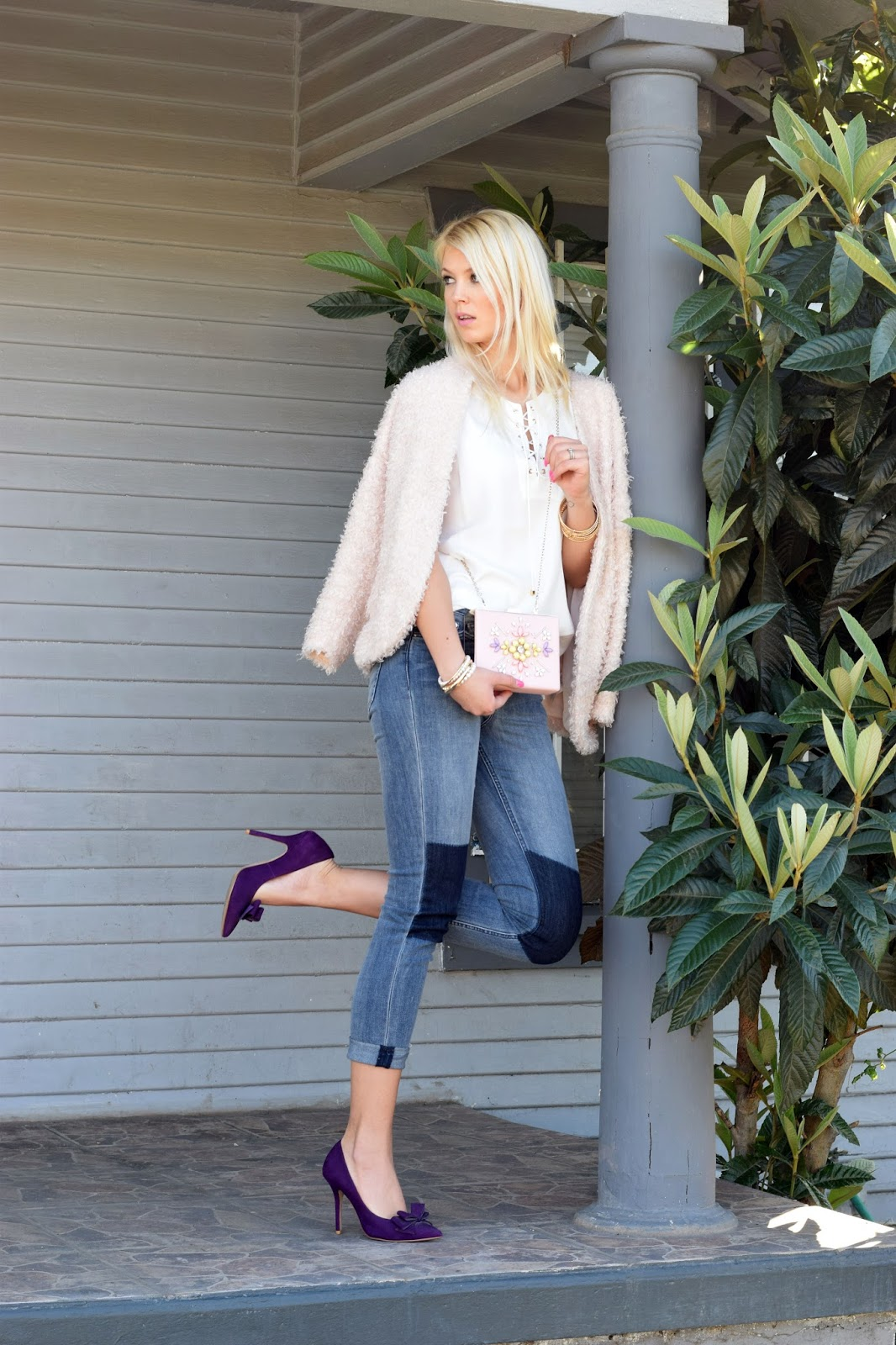 fluffly jacket, heels, rose, nicole lee, nicole lee clutch, pink clutch, purple heels, jeans