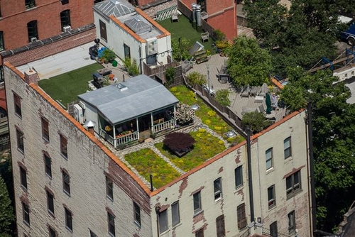 00-David-Puchkoff-Eileen-Stukane-Architecture-Cottage-on-a-Rooftop-in-Manhattan-New-York-www-designstack-co