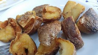 Cartofi Wedges excesiv de crocanti